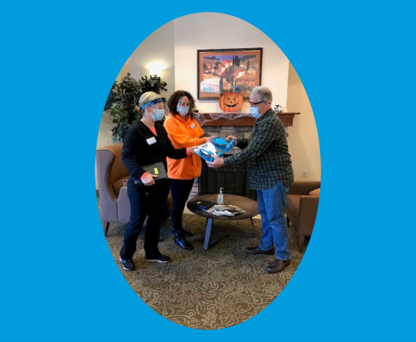 Avamere's skilled nursing facilities receive iPads for patients and residents