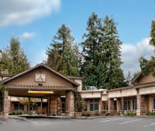 Entrance to Avamere Rehabilitation of King City in King City, Oregon