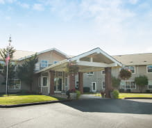 Avamere at Newberg Assisted Living & Memory Care Front Entrance