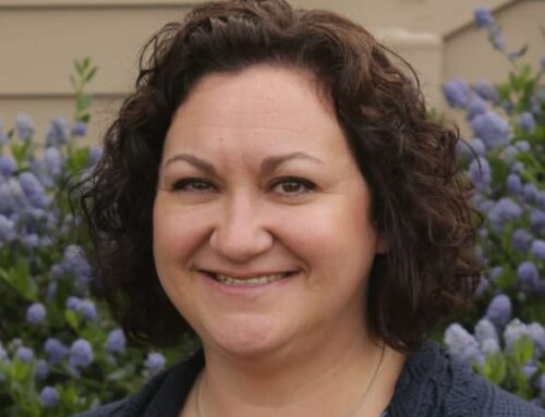 Oregon Health Care Association Names Avamere Living Employee as Leader of the Year